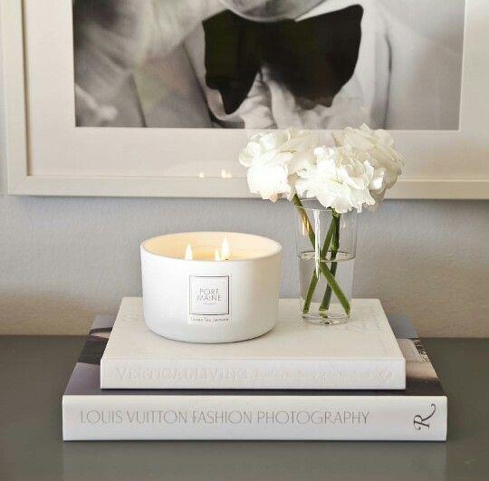 O charme de uma vela branca!